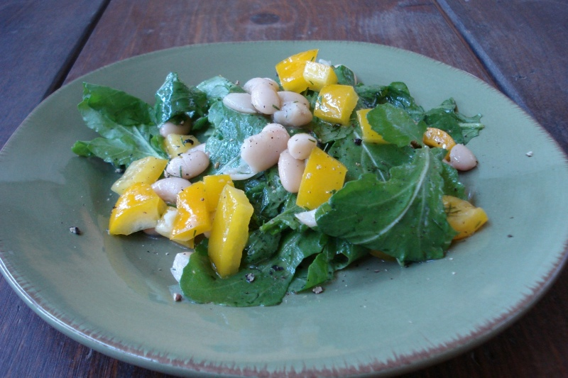 White Bean & Arugula Salad