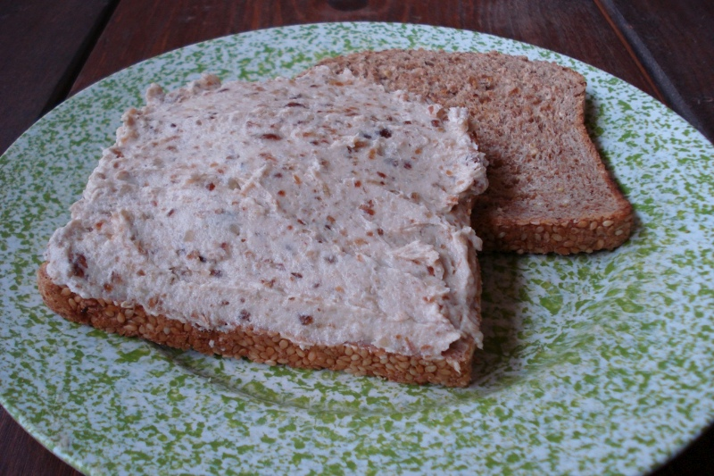 Date-Nut Sandwich Spread
