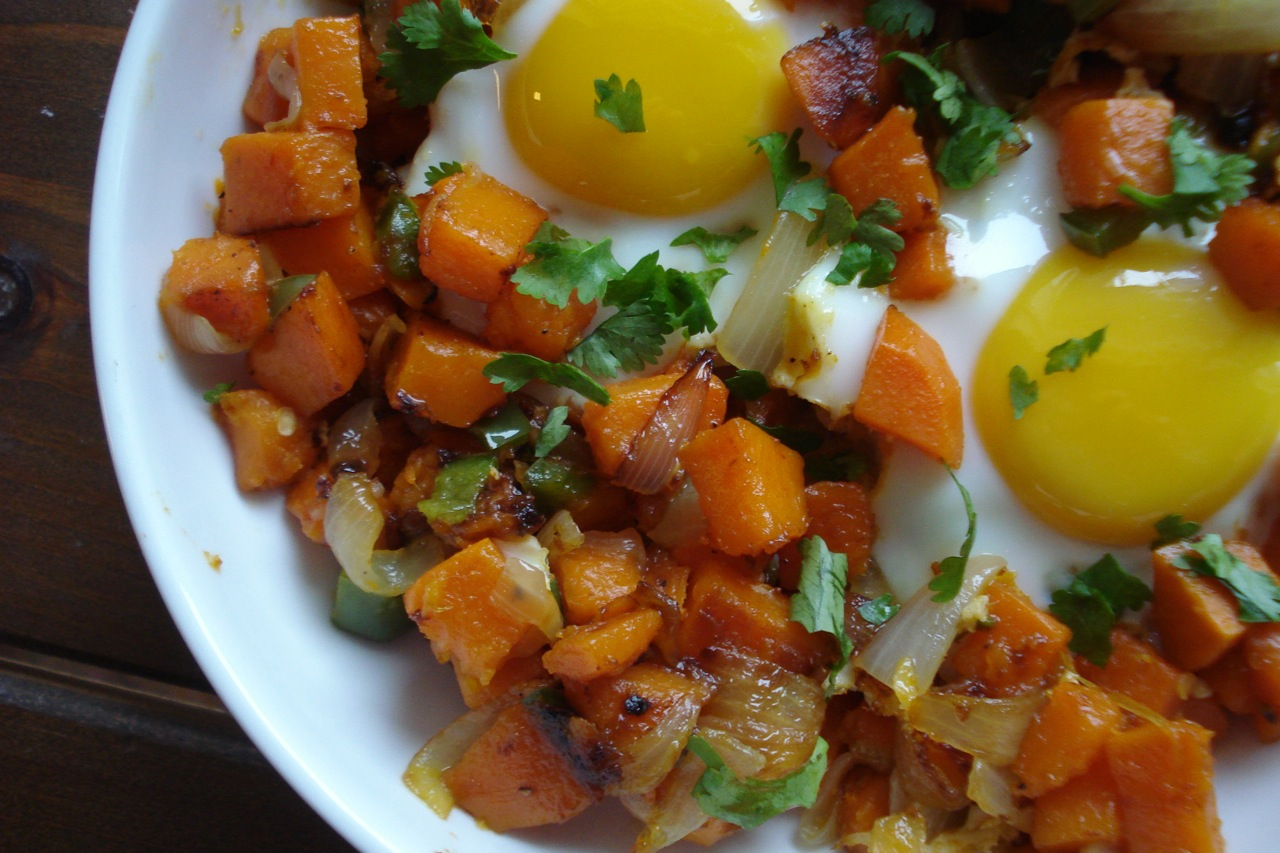 Spicy Sweet Potato Hash w/ Eggs