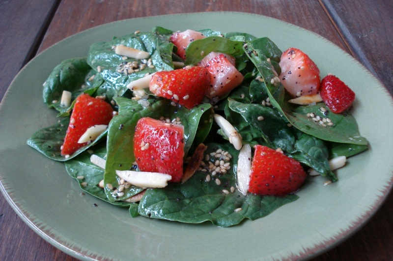 Spinach, Strawberry & Almond Salad