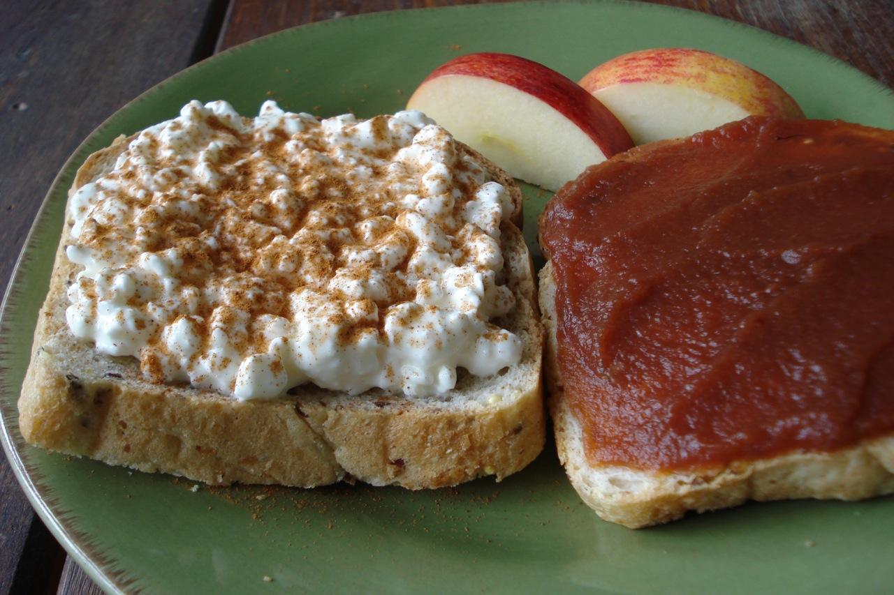 Cottage Cheese & Apple Butter Sandwich