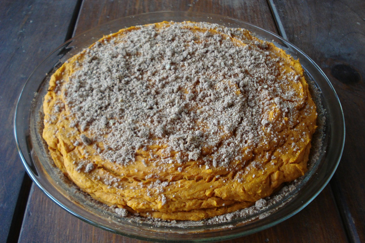 Sweet Potato Pie w/ Crumbly Pecan Crust